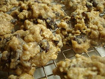 High Fiber Oatmeal Raisin Chocolate Chip Cooki...